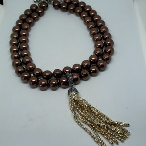 Double strand chocolate pearl necklace with detach
